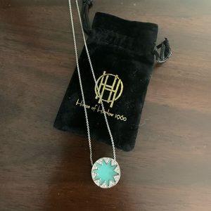 House of Harlow small starburst pendant